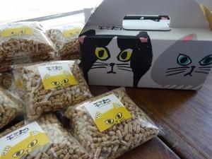 モミネコ キャリーケース入り(300g袋×6袋)